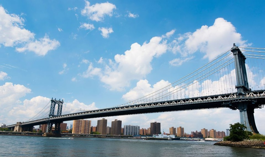 Best of Brooklyn: Half-Day Food & Culture Bus Tour